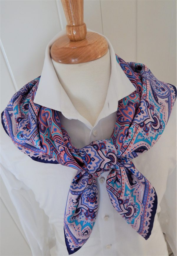 CHARLOTTE scarf tied